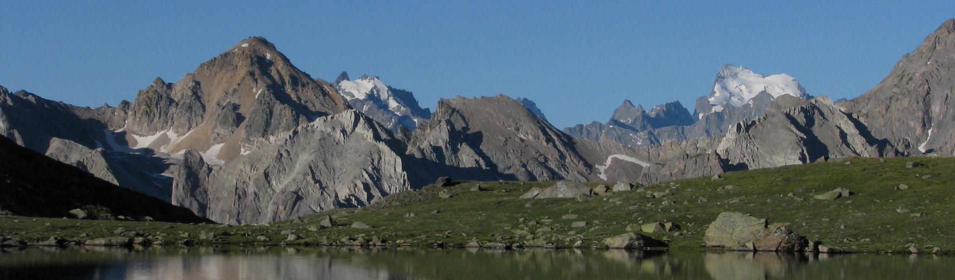 montagnes hautes alpes